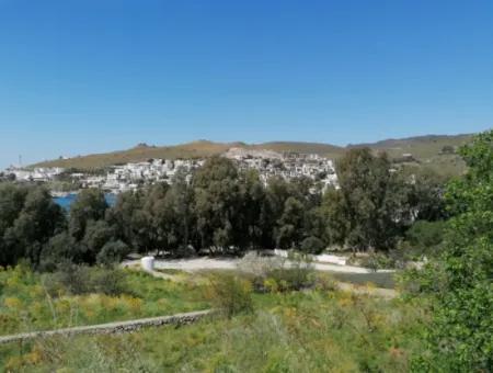 Bodrum Akyarlar Mevkisinde Denize Sıfır 4000M2 Turizm İmarlı Satılık Arsa
